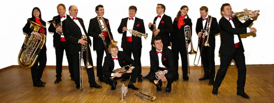 "Die ""Band of Brassers"""